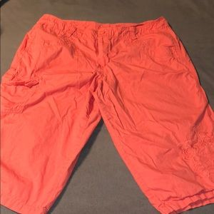 Women's Capri pants coral color